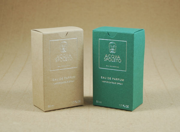 Foto delle scatole per confezioni dello Scatolificio Eugubino - modello Venus Pieghevole color Sabbia (avana) e Verde
