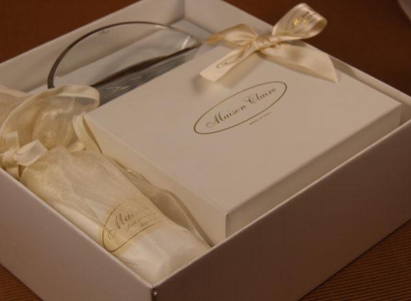 Foto delle scatole per confezioni dello Scatolificio Eugubino - modello Cordoba con stampa a ca,ldo