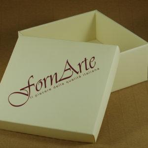 Foto delle scatole per confezioni dello Scatolificio Eugubino - modello Cordoba con stamp
