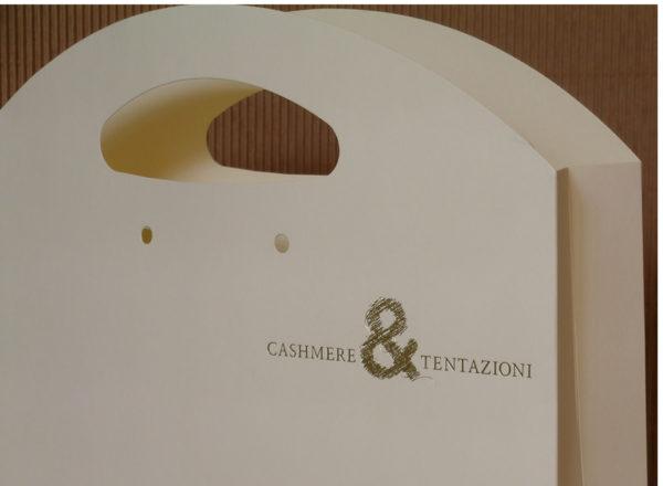 Foto delle scatole per confezioni dello Scatolificio Eugubino - modello Astra - stampa oro a caldo