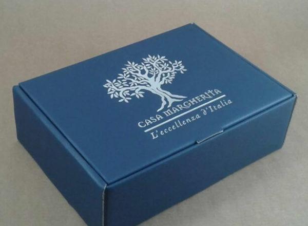 Foto delle scatole per confezioni dello Scatolificio Eugubino - modello Barchetta per strenne Blu