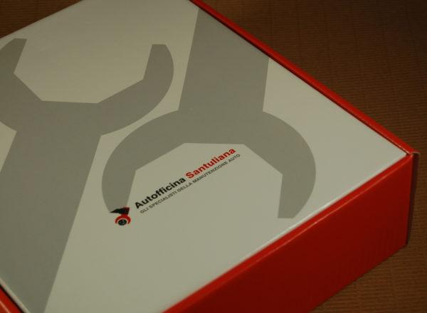 Foto delle scatole per confezioni dello Scatolificio Eugubino - modello Barchetta stampata a colori