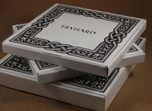 Foto delle scatole per confezioni dello Scatolificio Eugubino - modello Barchetta stampato in serigrafia
