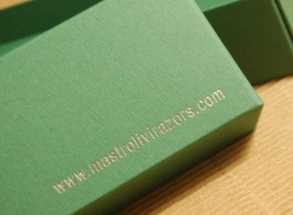 Foto delle scatole per confezioni dello Scatolificio Eugubino - modello Marmotta Doppia Parete color Verde